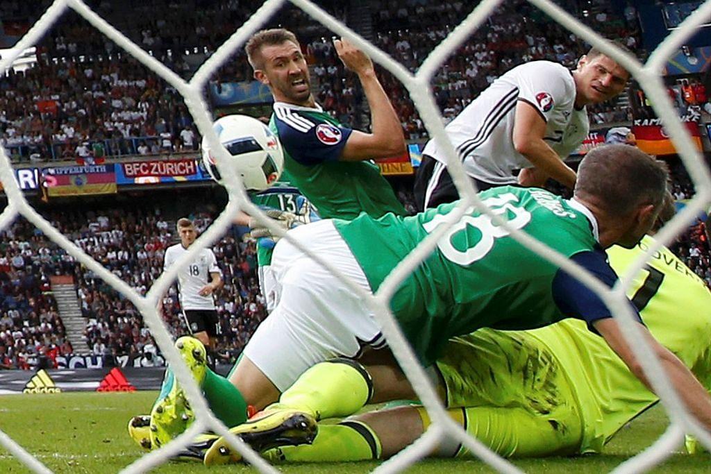 Ireland Utara sertai England dan Wales dalam pusingan kalah mati