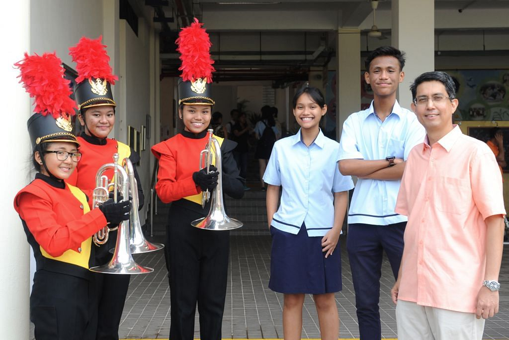 Faishal hargai semangat pelajar berlatih PESTA BELIA SINGAPURA (SYF) 2016