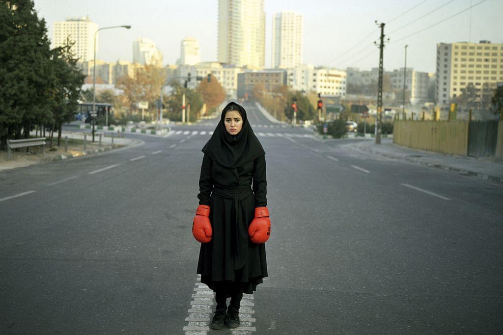 Jurugambar wanita Iran terokai isu wanita dan kemanusiaan