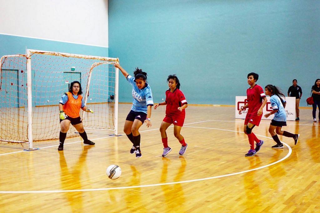 Lebih bersemangat ke sekolah selepas sertai bola sepak perempuan