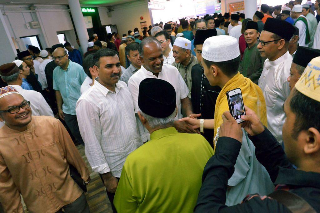 Shanmugam: Muslim di sini selesa amal ajaran agama