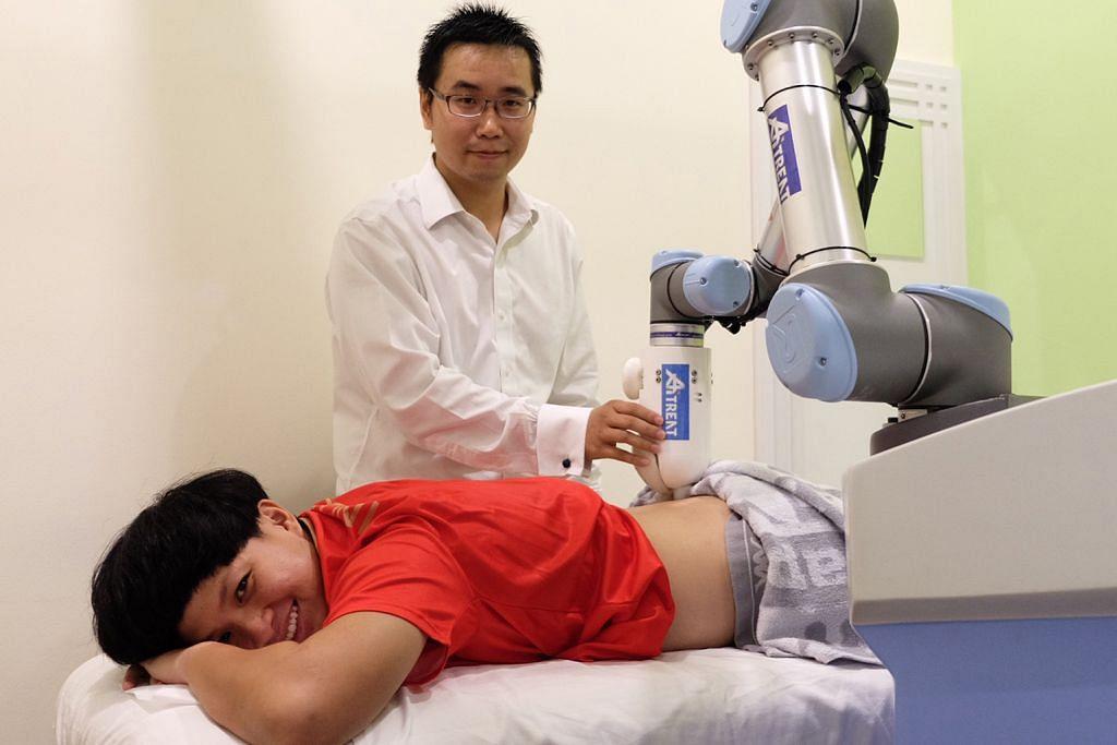 NTU perkenal robot bantu pertingkat produktiviti ahli fisioterapi dan pakar perubatan Cina