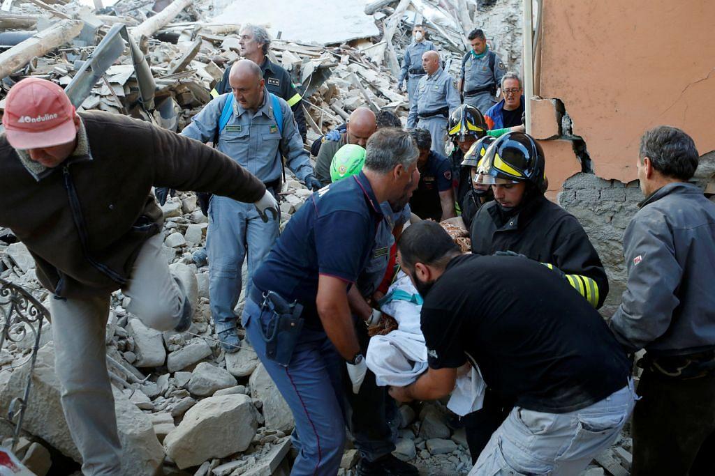 Gempa bumi sekuat 6.2 gegar tengah Italy