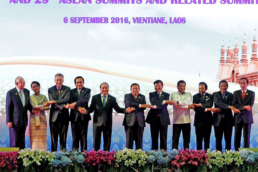 SIDANG PUNCAK ASEAN DI LAOS Pemimpin Asean akur perkukuh kerjasama tangani bencana