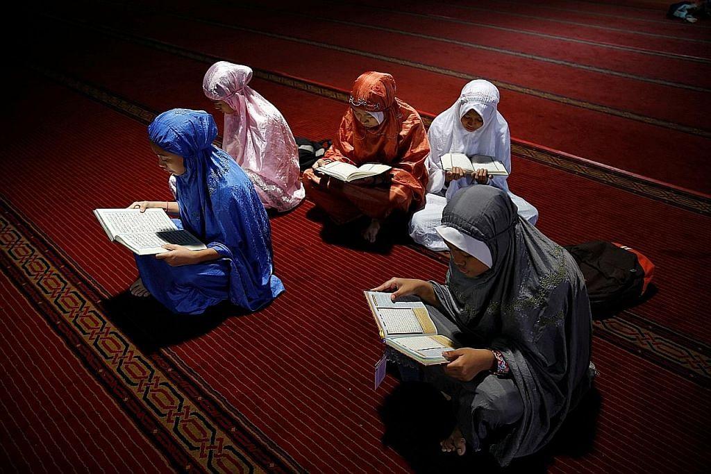 CERPEN Haji Mas dan Hajah Mai