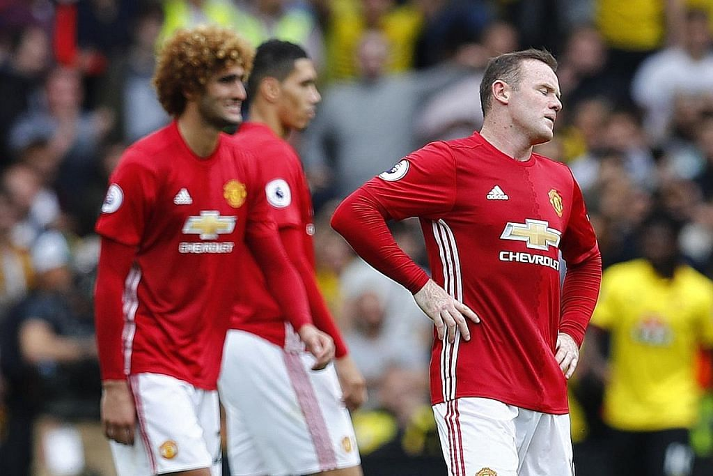 BOLA SEPAK ENGLAND United terus dimalukan tiga kali berturut-turut