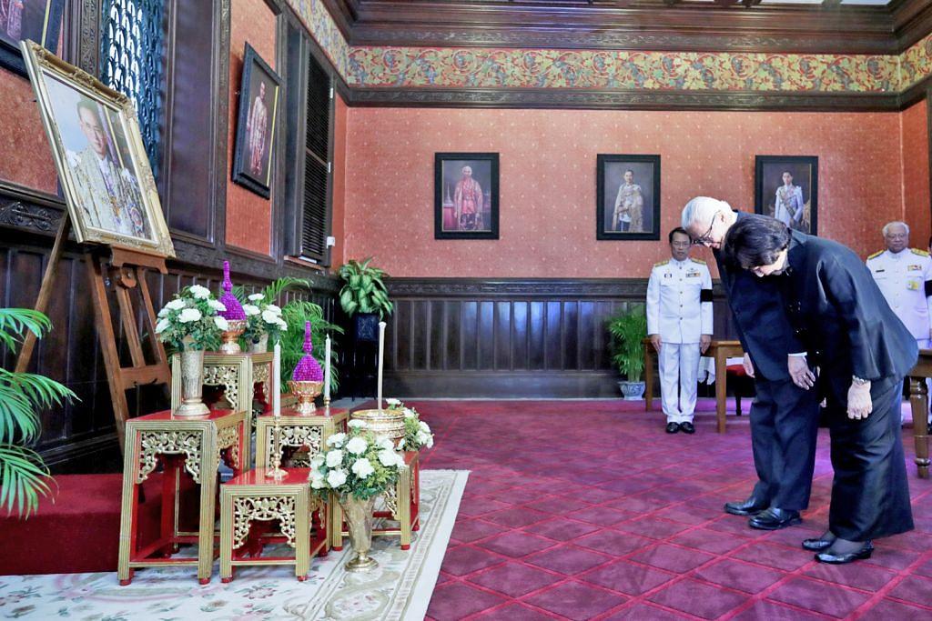 RAJA THAILAND MENINGGAL DUNIA Dr Tony Tan beri penghormatan terakhir di Istana Besar Bangkok