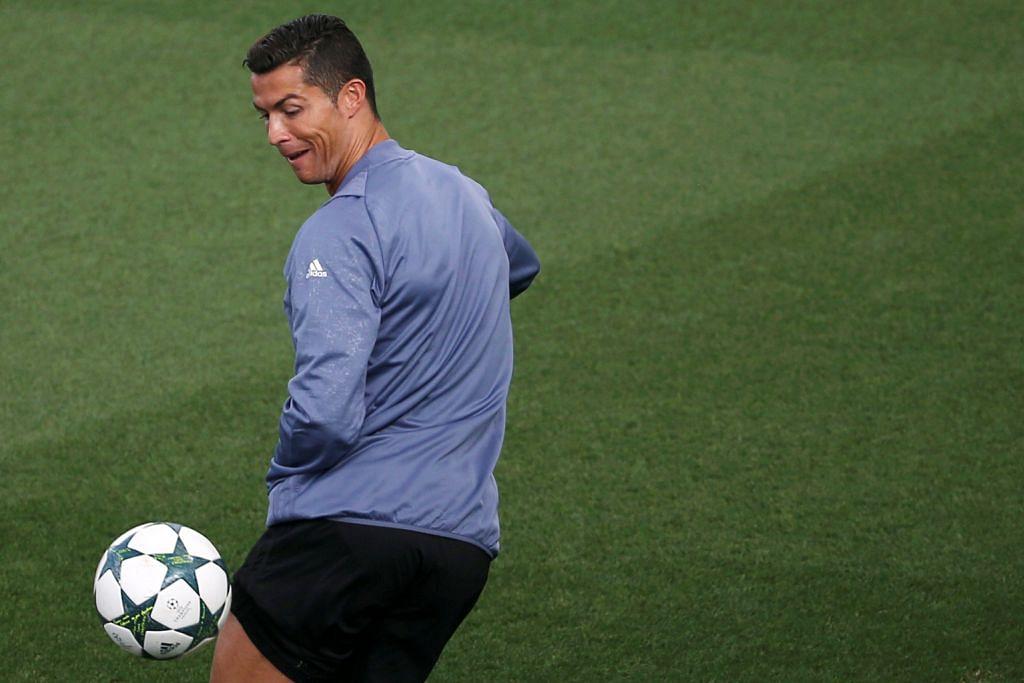 Ronaldo dan Messi jadi pilihan rebut anugerah