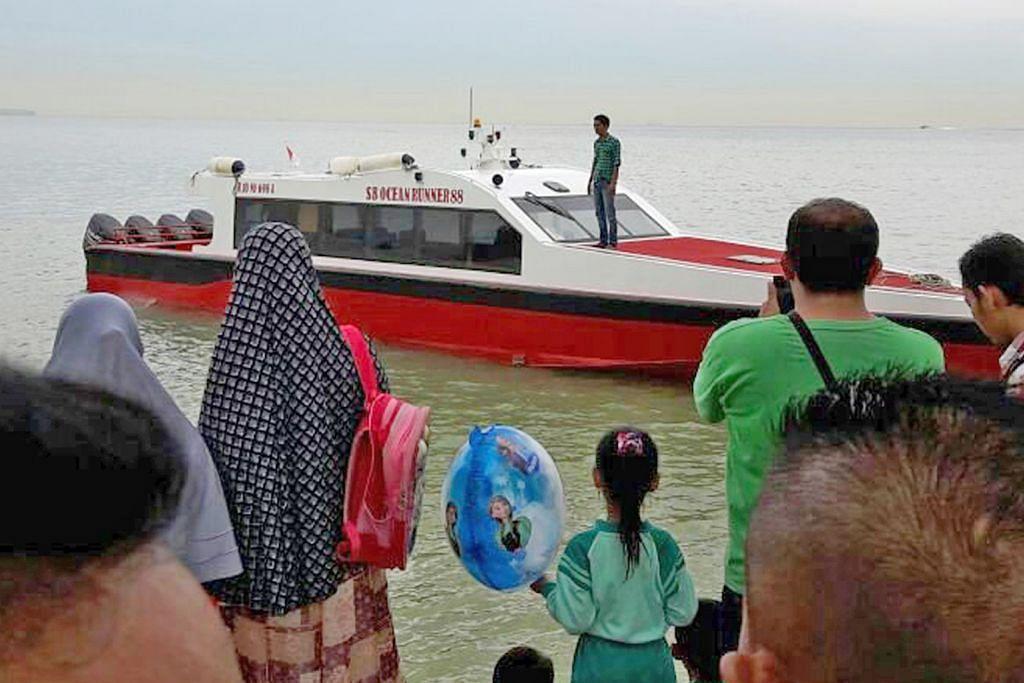 Hampir 20 maut bila bot dari Johor karam dekat Batam