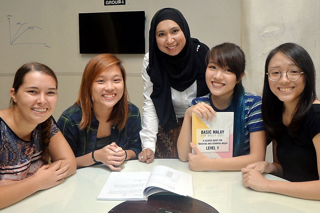 Mekar minat belajar bahasa Melayu