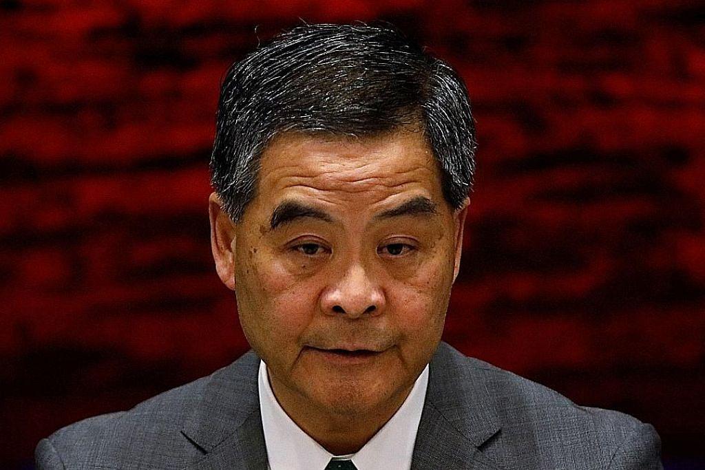 Ketua Eksekutif Hongkong umum tidak tanding bagi penggal kedua atas sebab keluarga