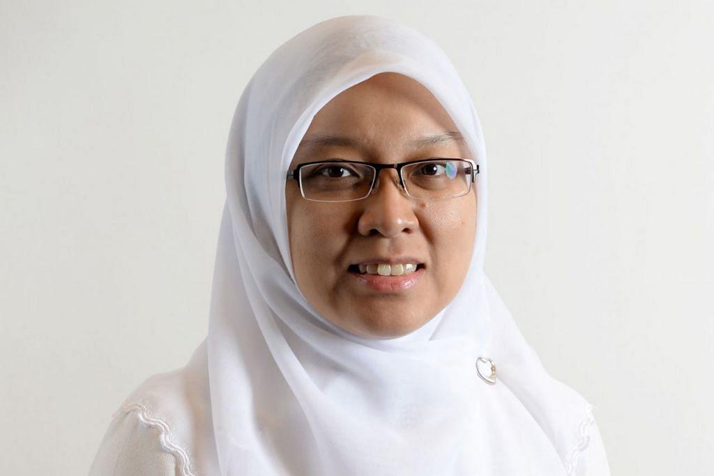 Dr Intan Azura Mokhtar