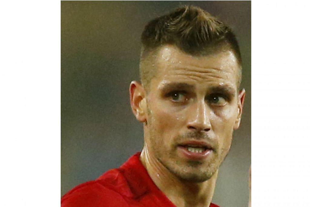 MORGAN SCHNEIDERLIN: Pernah dibeli United dari Southampton dengan nilai £25 juta pada Julai 2015.