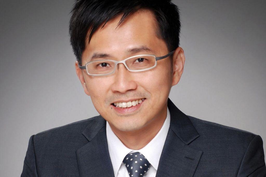 Pengarah Urusan dan Ketua Negara Kelly Services Singapore, Encik Foo See Yang.