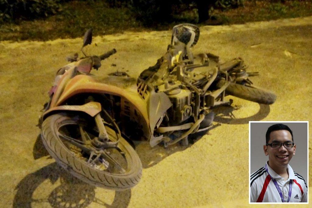 HANGUS DIJILAT API: Walau motosikalnya gagal diselamatkan, penunggang motosikal yang dipercayai warga Malaysia dikejarkan ke hospital selepas kemalangan. Pemandu Encik Ahmad Khairi Jumali (gambar sisipan) menghulurkan bantuan. - Foto-foto ihsan AHMAD KHAIRI JUMALI