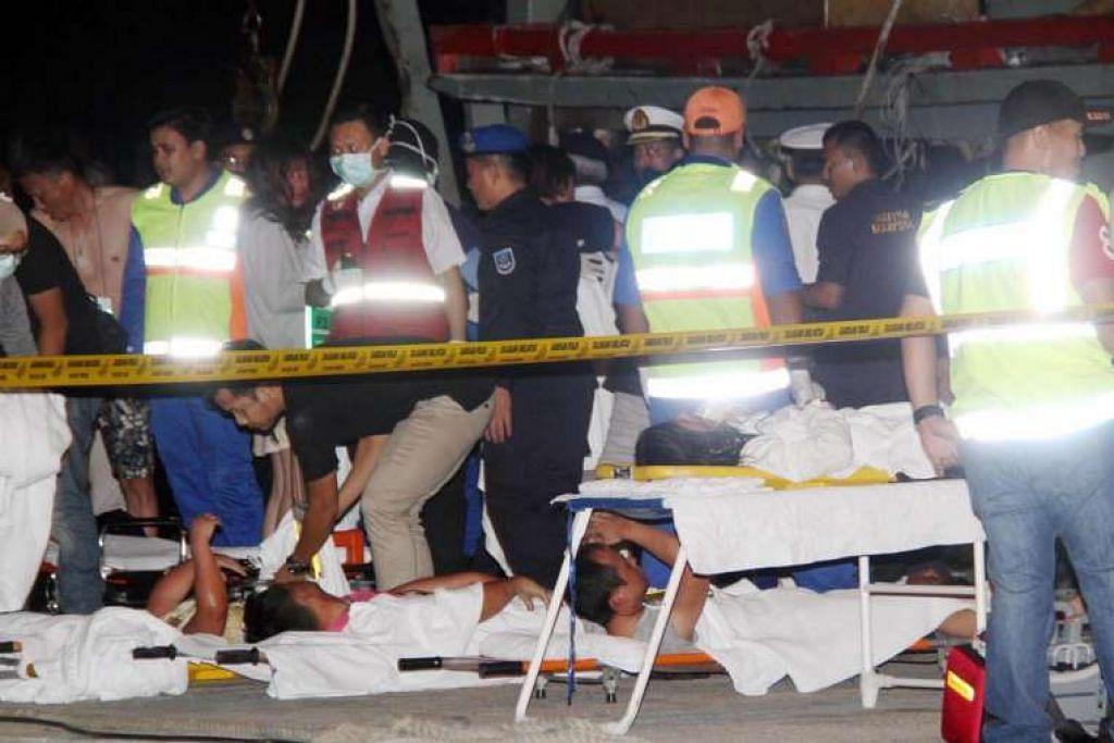 Mangsa tragedi bot dikejarkan ke Hospital Queen Elizabeth di Kota Kinabalu.