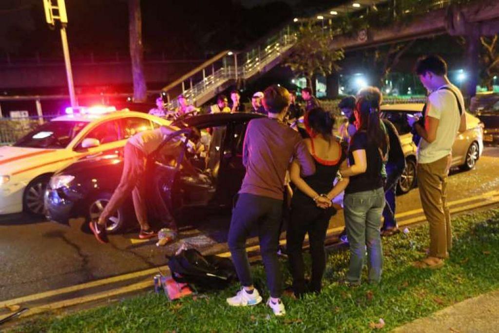 Lelaki itu cuba mengelakkan tangkapan lepas dihalang Polis Trafik.