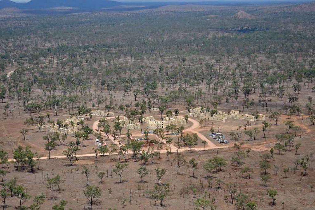 Kawasan Latihan Lapangan Townsville di Australia. Jurucakap Menteri Pertahanan Marise Payne berkata perubahan ke atas tapak latihan tidak akan menjejaskan jadual waktu bagi meningkatkan bilangan latihan tentera Singapura di Australia.