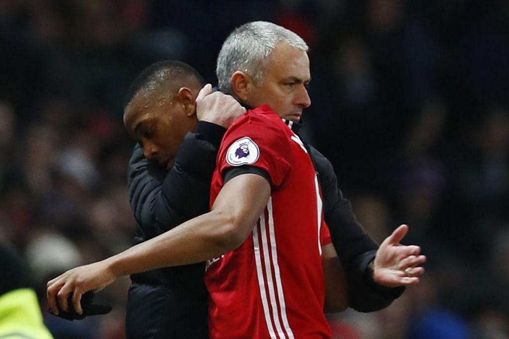 Mourinho menghargai pemainnya, Anthony Martial, yang menyumbangkan satu gol dalam kemenangan 2-0 ke atas Watford.