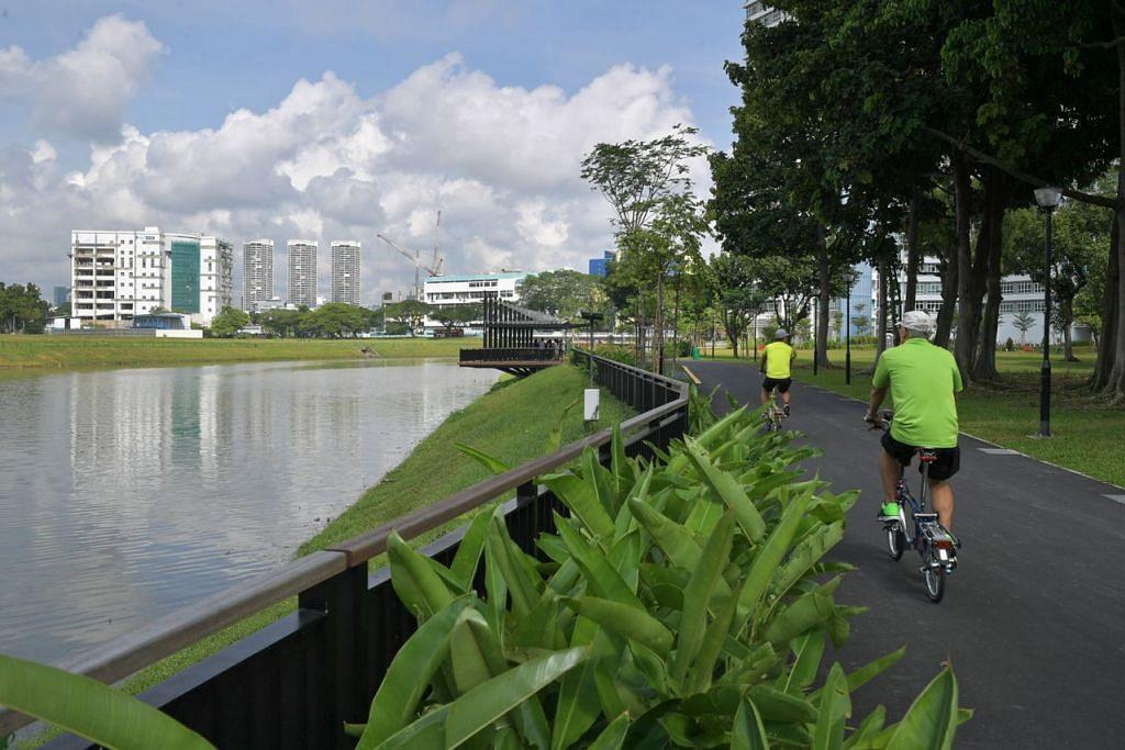 INILAH EMPAT PAIP AIR SINGAPURA: Paip #1 Air tadahan setempat: Sungai Kallang turut menjadi tumpuan warga untuk beriadah. - Foto fail