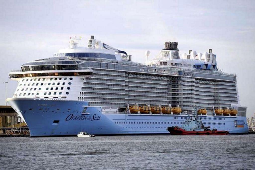 TARIKAN BARU: Kapal pelayaran terbesar Asia, Ovation of the Seas, ini boleh memuatkan seramai 4,905 tetamu dan setinggi 18 dek. – Foto EPA