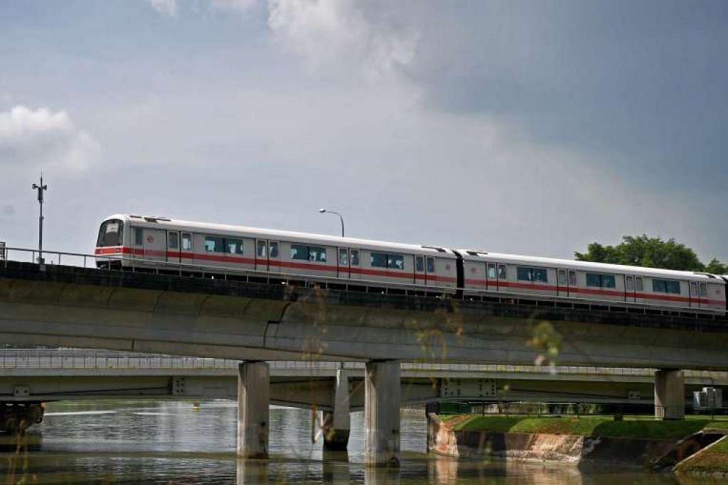 Tender akan dipanggil bagi menggantikan 66 kereta api generasi pertama di laluan Utara-Selatan dan Timur-Barat yang berusia 30 tahun.