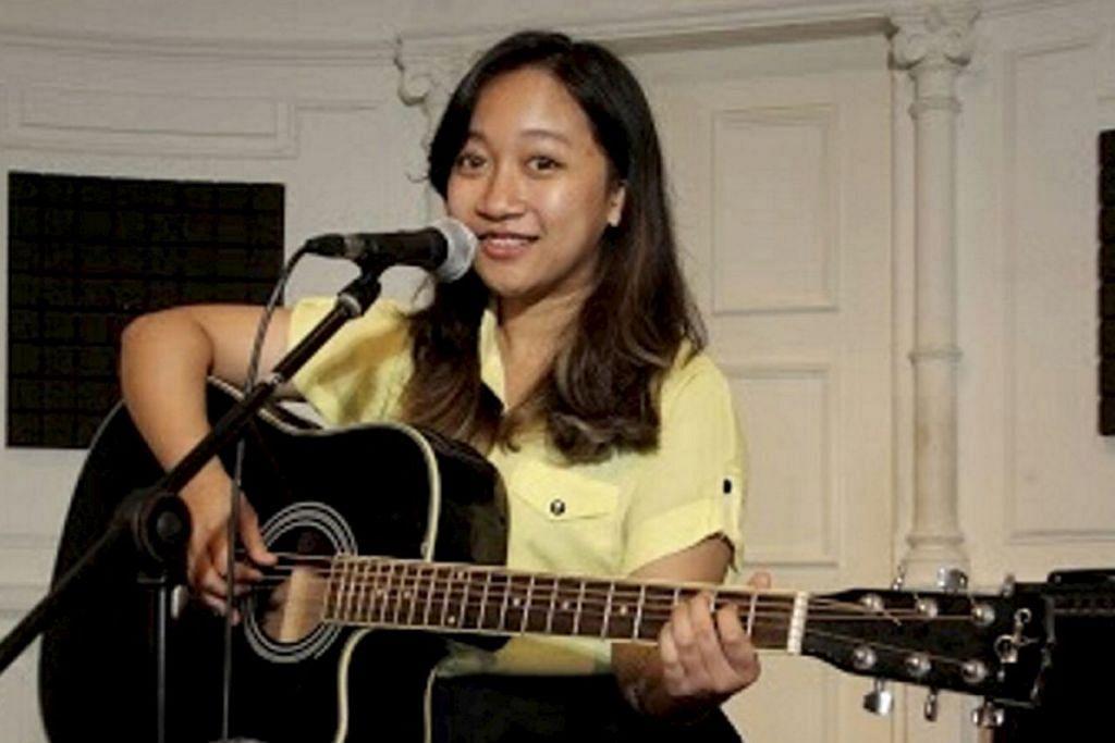 CUKUP YAKIN: Walaupun Heni Nazasha baru berusia 17 tahun, beliau sudah membuktikan bakat nyanyiannya yang hebat. Handayani Indah (atas) juga terbukti amat berbakat dan mula menyanyi sejak di peringkat sekolah rendah lagi.– Foto ELY ZUKARNAEN