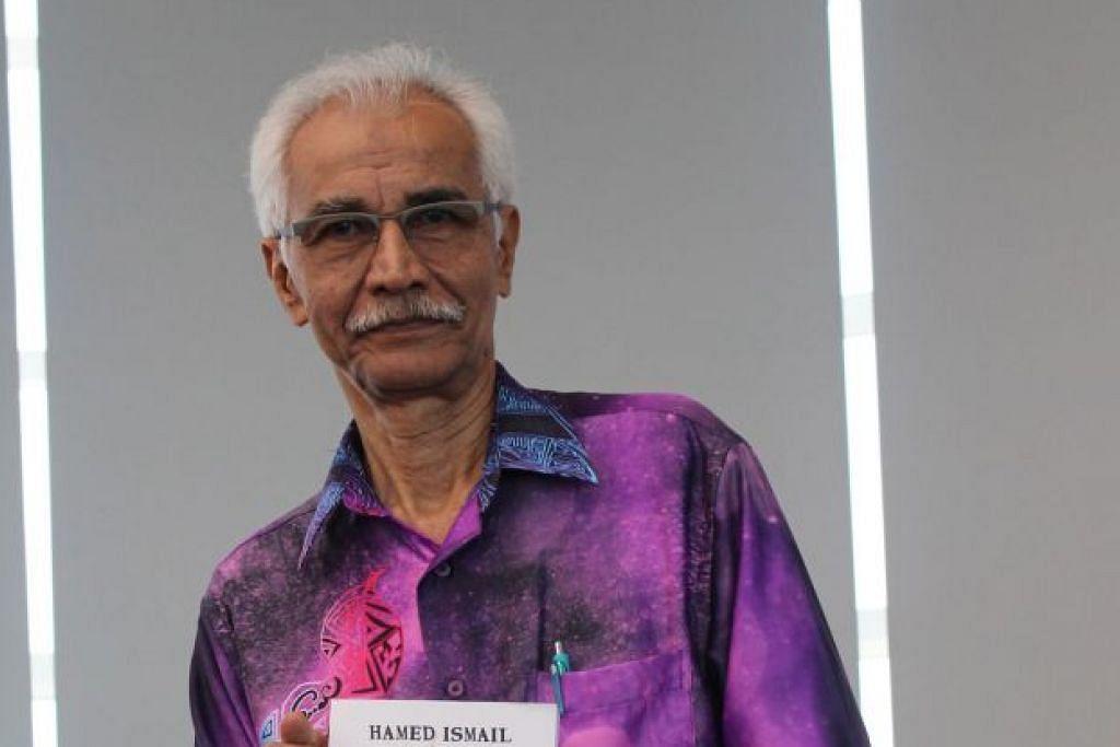 AGAR TIDAK HILANG DITELAN MASA : Skrip dalam buku 'Sumbu dan Api' yang ditulis Hamed Ismail ini adalah daripada drama yang disiarkan di Singapura pada 1980-an hingga 1990-an. - Foto OMBAK SCRIPTHOUSE