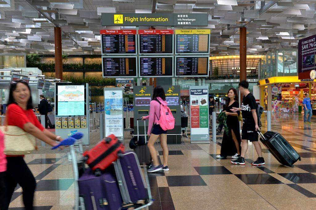 PERLINDUNGAN INSURAN: Syarikat insuran, AIG Singapore, meramalkan bahawa trend mendapatkan produk insuran premium bagi perlindungan pelancong tempatan akan meningkat pada tahun ini. - Foto FAIL