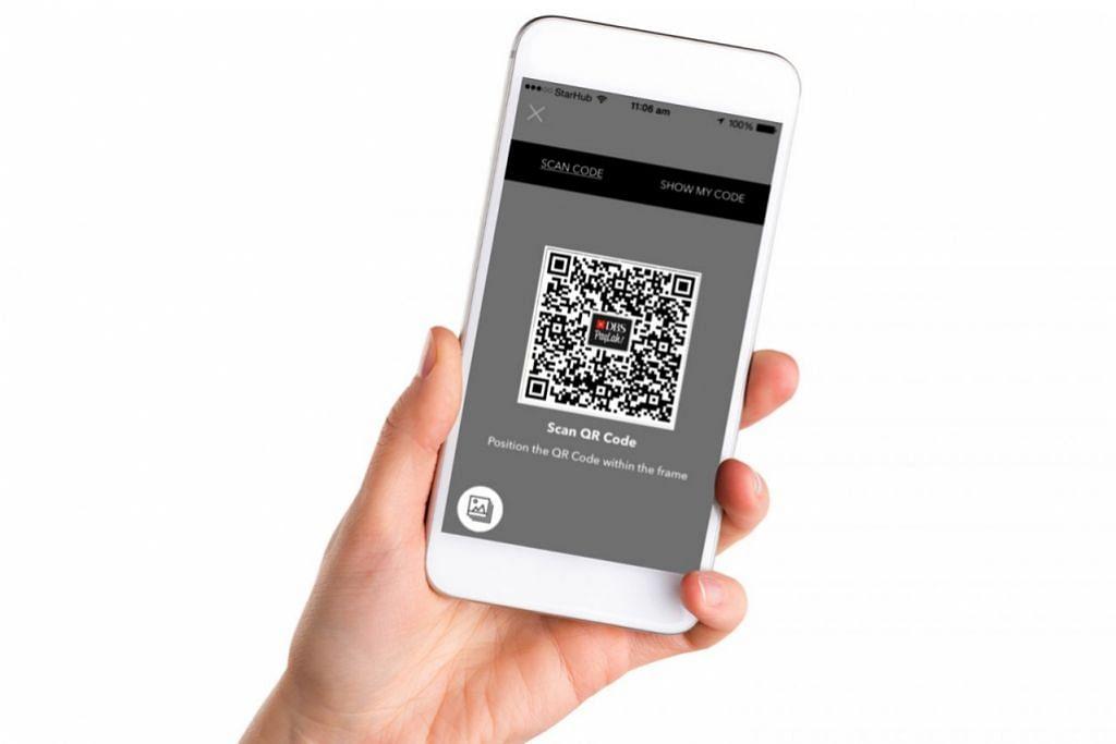 MUDAH DIGUNAKAN: Pembayaran kod QR DBS PayLah! memudahkan firma kecil menerima pembayaran digital tanpa kos yang tinggi. - Foto DBS