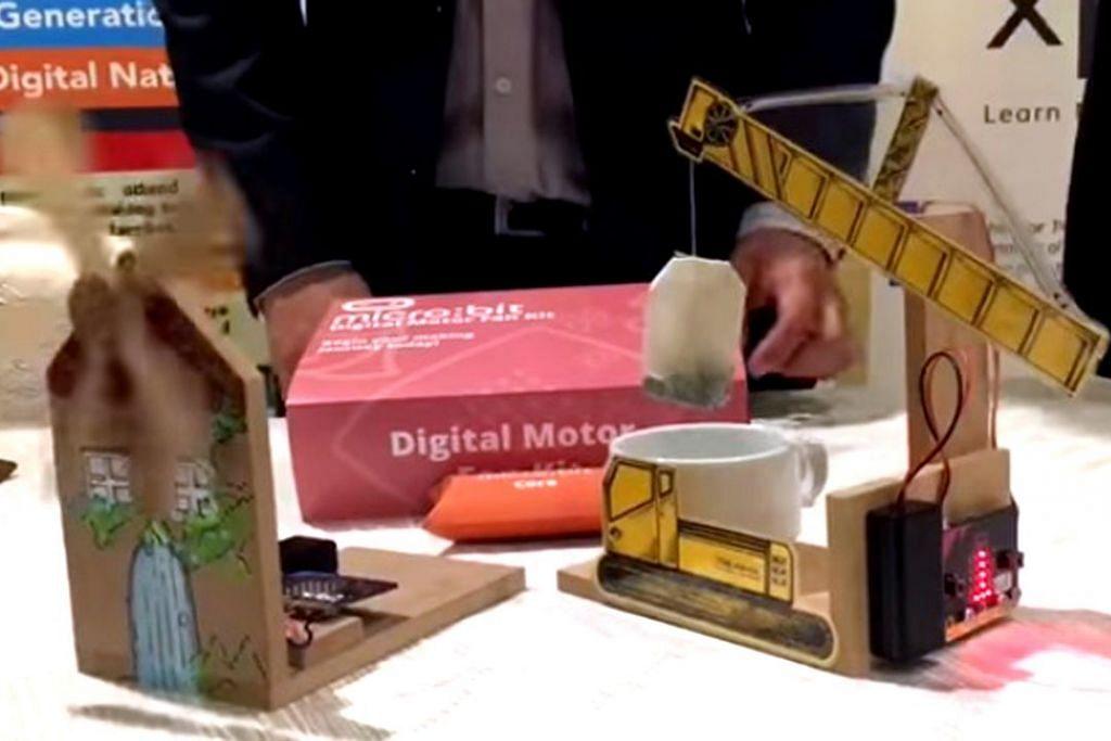 MANFAATKAN TEKNOLOGI: Ini merupakan antara alat micro:bit yang boleh digunakan untuk menjadi alat pembuat teh dan kincir angin. – Foto ST ONLINE