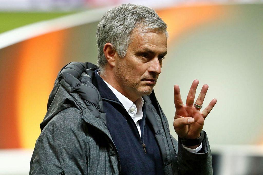 JOSE MOURINHO: Pengurus Manchester United ini didakwa tidak mengisytiharkan pendapatannya yang mencecah 3.3 juta euro ($5.1 juta) semasa memimpin Real Madrid antara 2010 dengan 2013. – Foto AFP