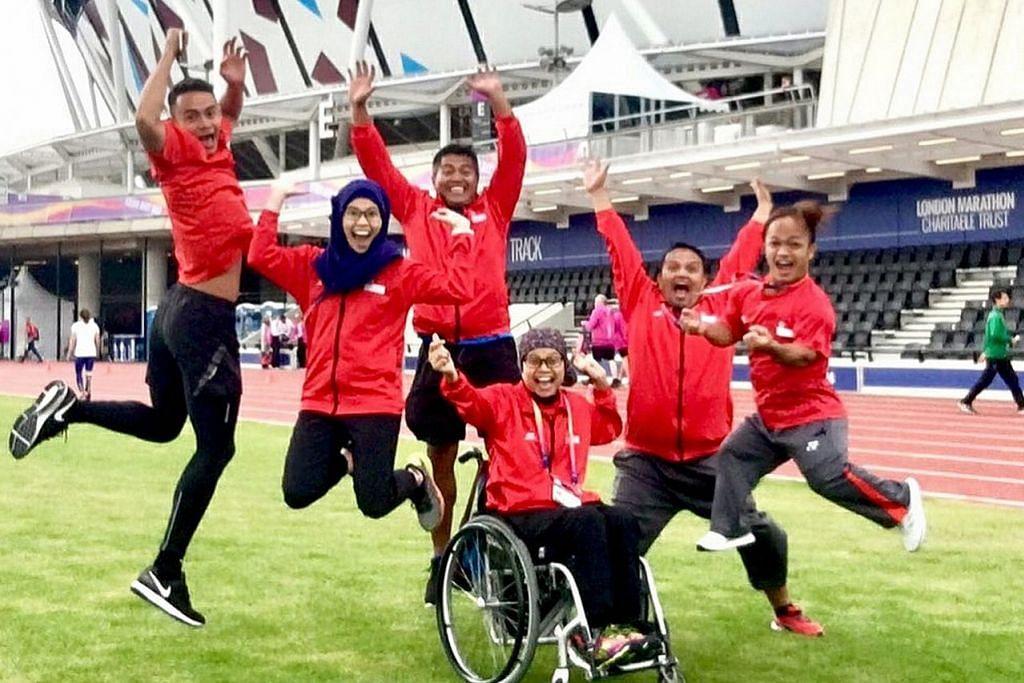 RAYA DI LUAR NEGARA: Kumpulan atlit ini, yang menyertai Kejohanan Dunia Para Atletik, menyambut Hari Raya bersama di London. – Foto INSTAGRAM IANISAAT