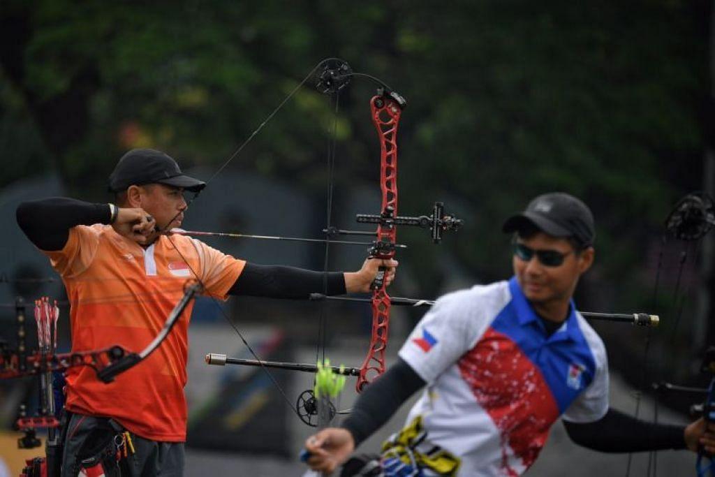 Pasukan memanah menang pingat perak. FOTO: Straits Times