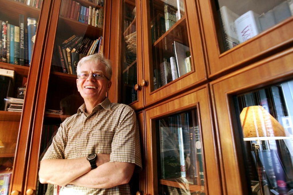 Duncan Watt meninggal dunia Khamis lalu. Beliau berusia 74 tahun.