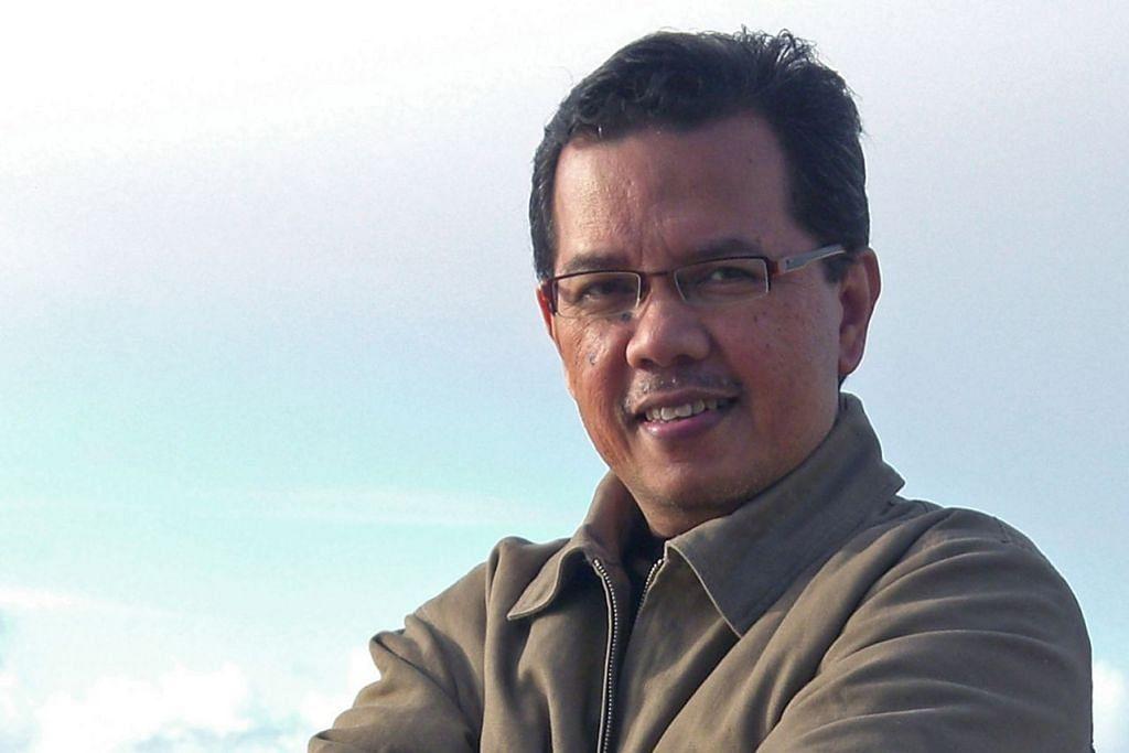 Rohman Munasip.