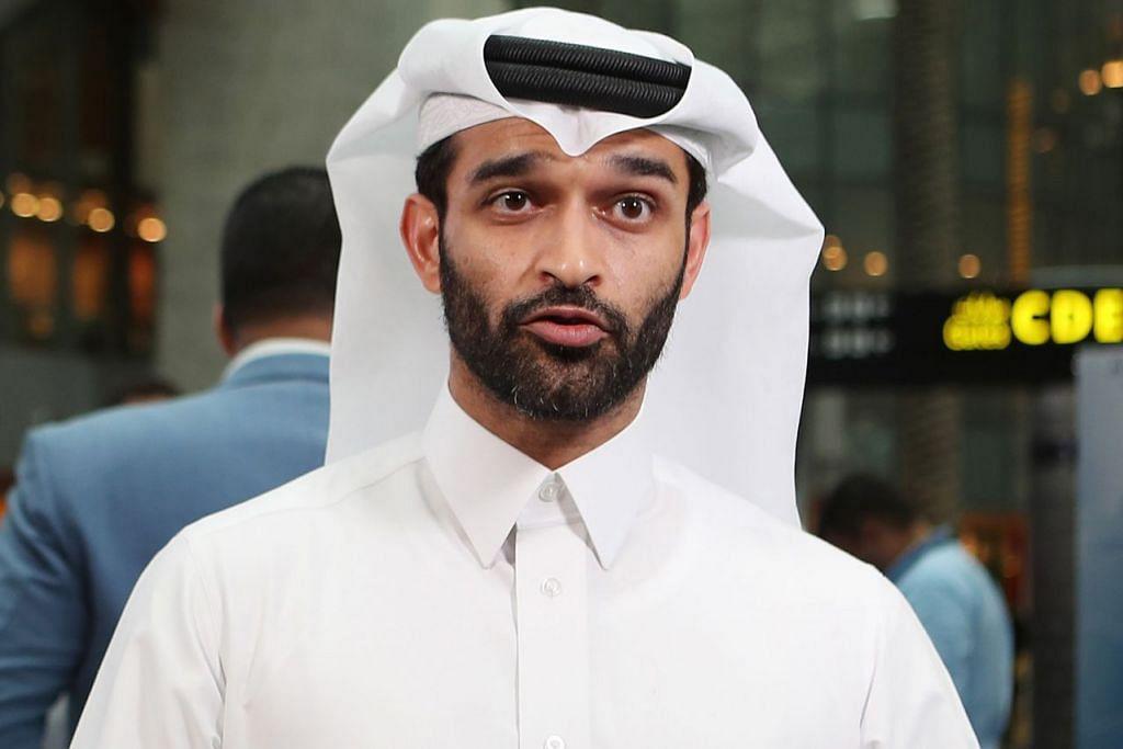 PERTAHAN KEPUTUSAN: Pegawai kanan jawatankuasa penganjur Piala Dunia Qatar, Hassan Al Thawadi, mempertahan keputusan negaranya membida bagi Piala Dunia 2022. – Foto AFP