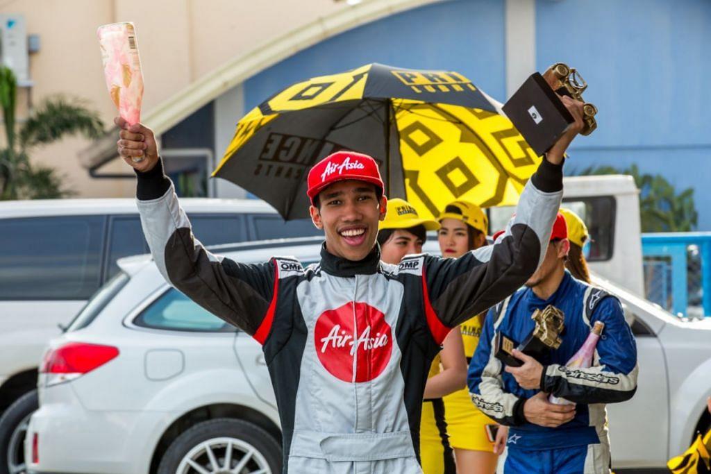JUARA: Daim kini bergelar juara siri perlumbaan kereta Caterham.