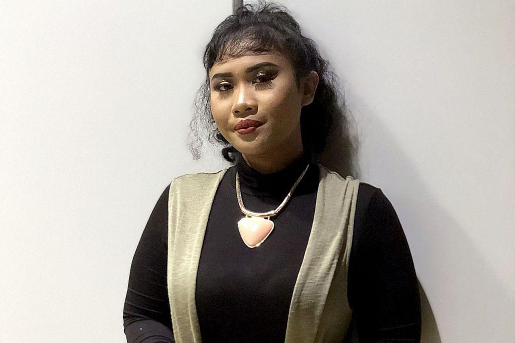 WARNAI PERSADA SENI: Mai Dhaniyah berharap dapat meramaikan lagi persada seni tempatan yang masih kurang bilangan penyanyi wanita. – Foto BH oleh HARYANI ISMAIL