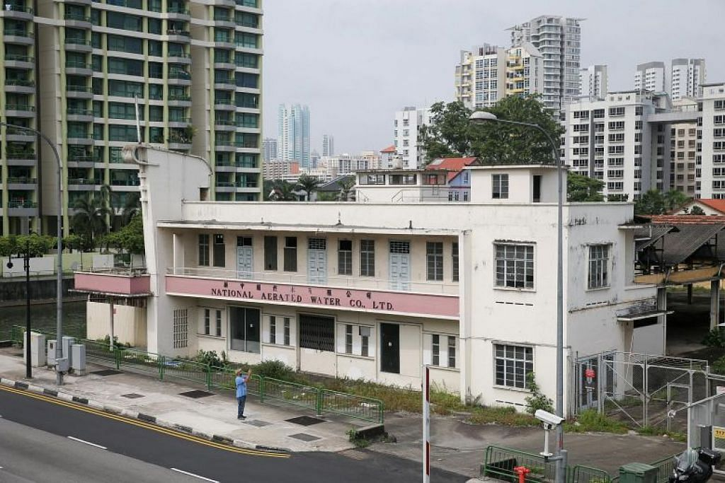 KAYA DENGAN WARISAN: Bangunan kilang lama National Aerated Water Co di Serangoon Road ini akan dipulihara.