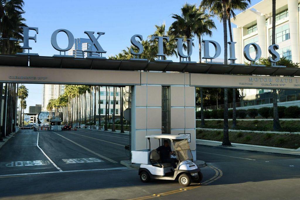 PEMEROLEHAN FOX: Di bawah perjanjian antara Disney dengan Fox, Disney akan memperolehi beberapa aset daripada Fox termasuk studionya yang telah menghasilkan pelbagai filem blockbuster.