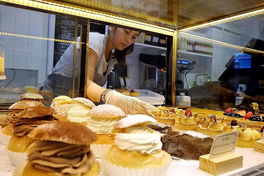 Roti dan pastri asal Eropah sudah ada di sini