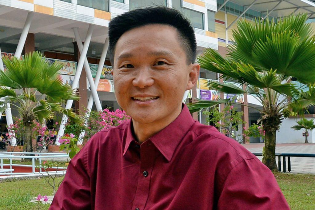Guru warga perintis terharu khidmat selama 52 tahun dihargai