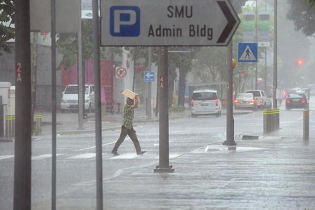 Hujan lebat sebabkan banjir kilat di Tg Pagar