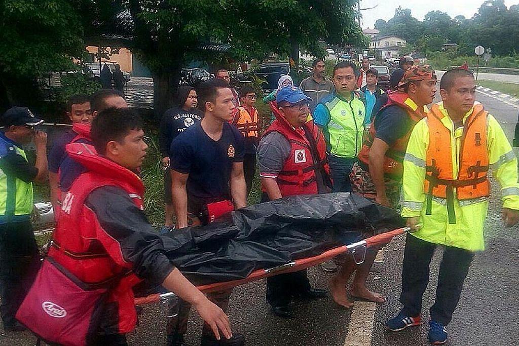 Bilangan mangsa banjir di Johor, Kelantan terus naik