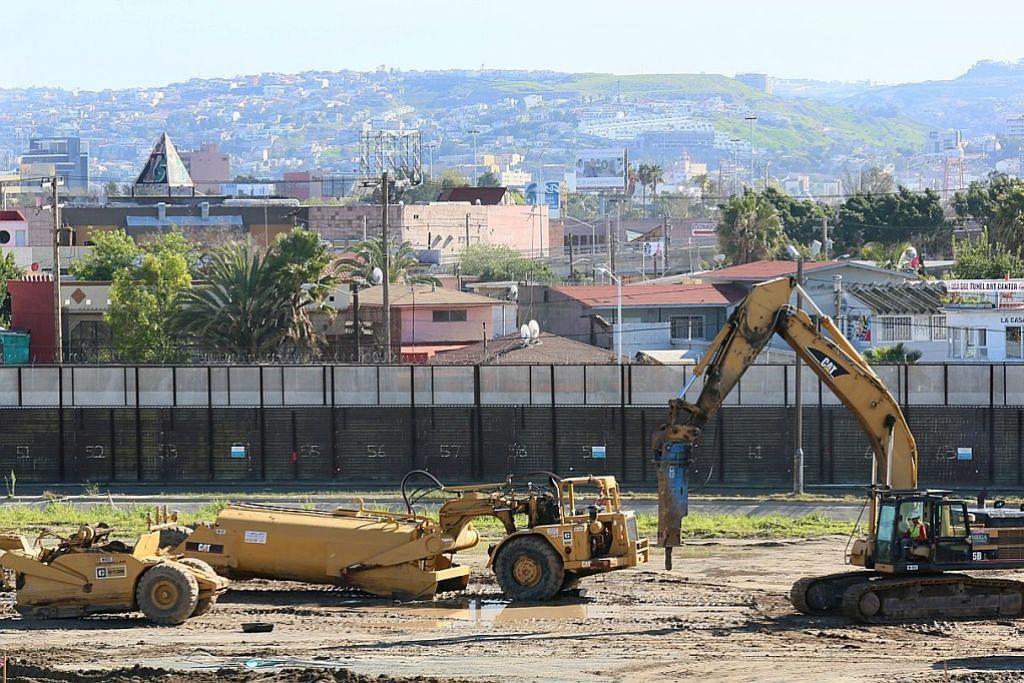 Presiden Mexico kutuk arahan Trump mulakan kerja bina tembok