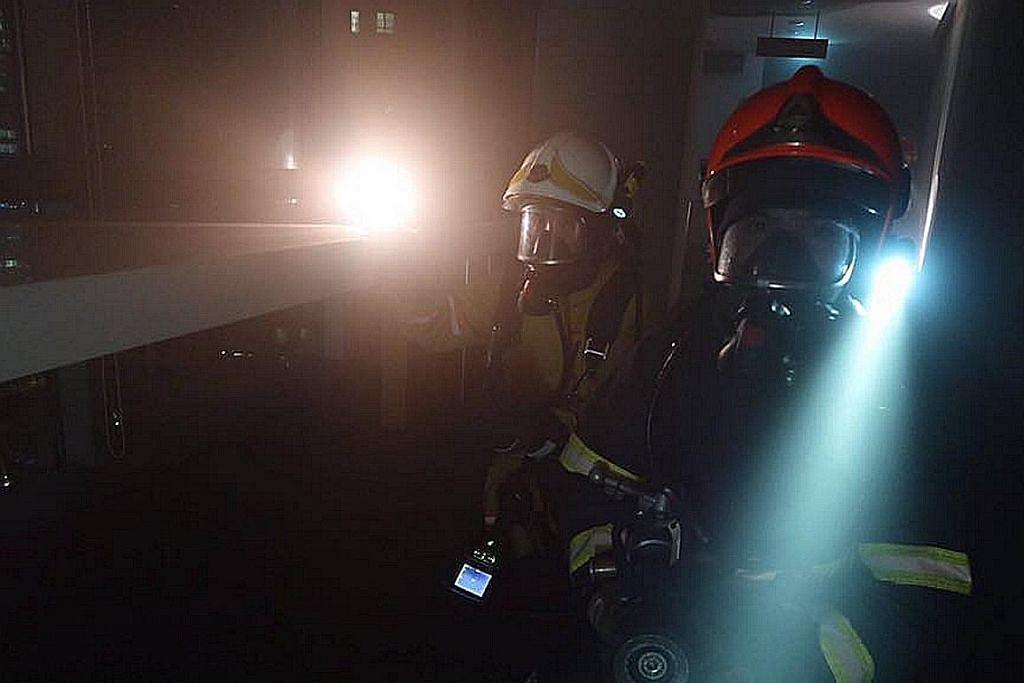 'Lawan kebakaran' bangunan tinggi Marina Boulevard
