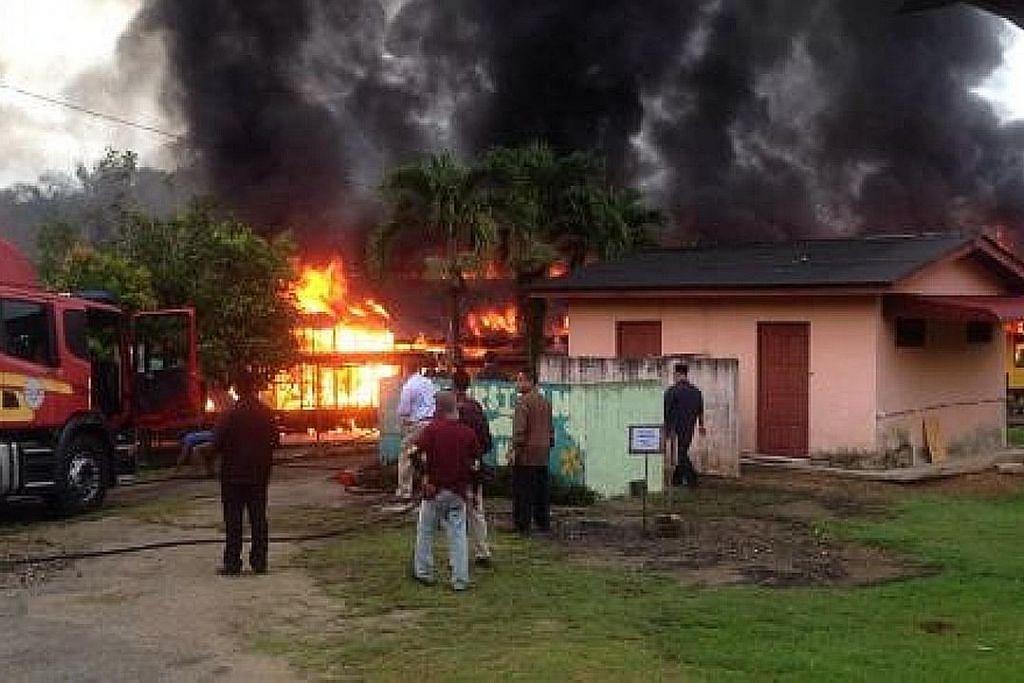 Asrama di Pahang musnah dijilat api