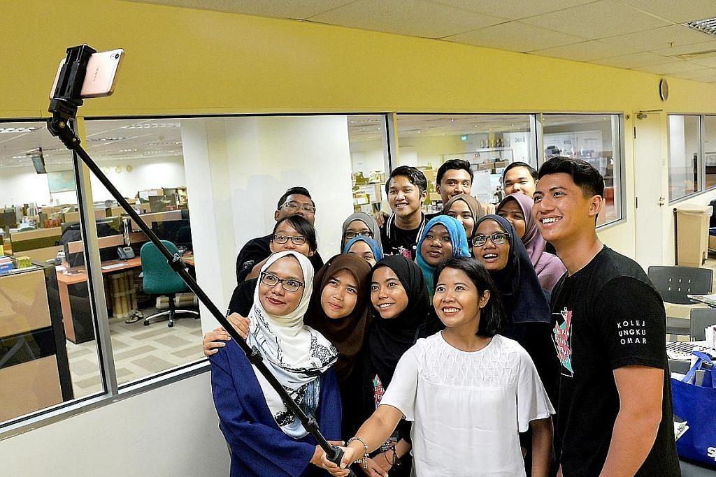 Kumpulan siswa M'sia ziarah BH untuk pelajari industri media