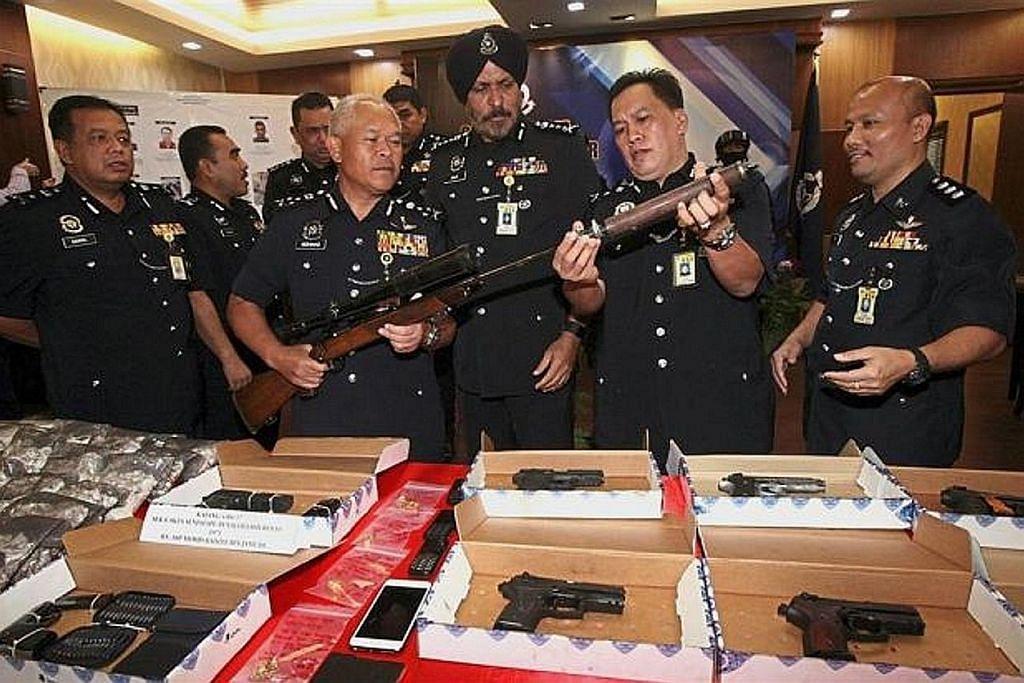 M'sia tahan Datuk, Datuk Seri pemimpin kongsi gelap